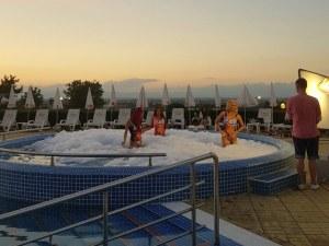 Най-атрактивният комплекс край Пловдив стана снимачна площадка на родна звезда