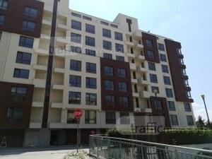 Защо нов жилищен комплекс в Пловдив година и половина е без акт 16? СНИМКИ