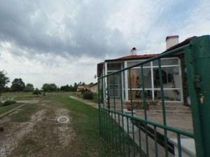 Продават огромна база близо до Пловдив, направиха атрактивно 360-градусово заснемане СНИМКИ