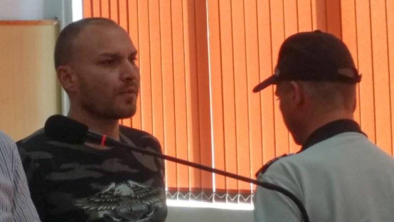 """Полицаят трафикант извършил престъплението от """"простотия"""""""