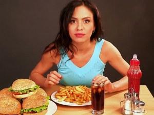 Храни и напитки, които ни създават чувството за глад