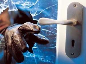 Разкриха серия кражби в Първомайско, двама са в ареста