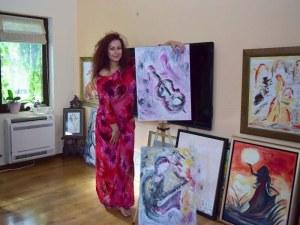 Седем платна за седемте чакри! Ралица Стайкова и нейните разкази в картини