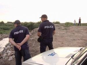 30-годишен се обеси пред съпругата си в Пловдивско, остави две деца сирачета