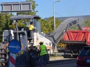 Започна ремонт на още един основен пловдивски булевард, завършват го до месец  СНИМКИ
