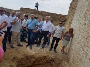 Борисов впечатлен от най-голямата могила на Балканите, изтъкна значимостта на Пловдив СНИМКИ