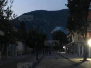 Голям пожар избухна над Карлово СНИМКИ+ВИДЕО