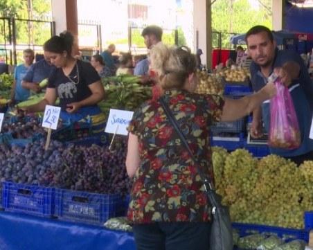 След срива на турската лира: Българи препълниха пазарите в Одрин