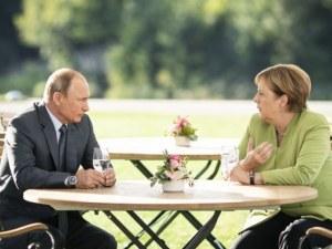 """Меркел и Путин три часа обсъждаха Сирия, Украйна и газопровода """"Северен поток 2"""""""