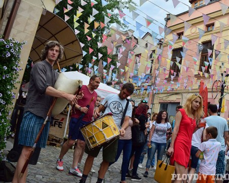 Капана фест идва с 4 сцени и голям базар на занаятчиите