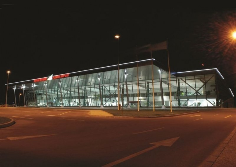 ПИМК и ТИЗ с писмо до министъра на транспорта, питат какво се случва с Летище Пловдив