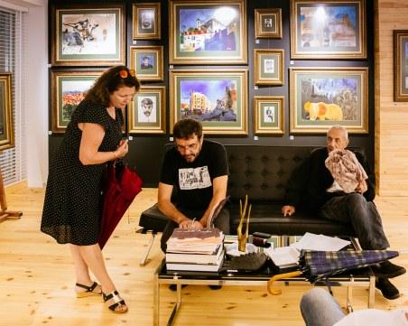 Да продадеш изложба на съвременен художник за 60 минути? В Пловдив е възможно СНИМКИ