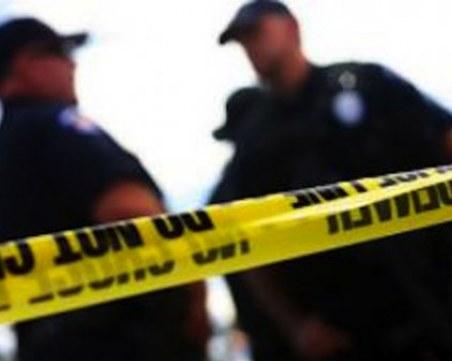 Мъж беше намерен застрелян на гробище в Атина