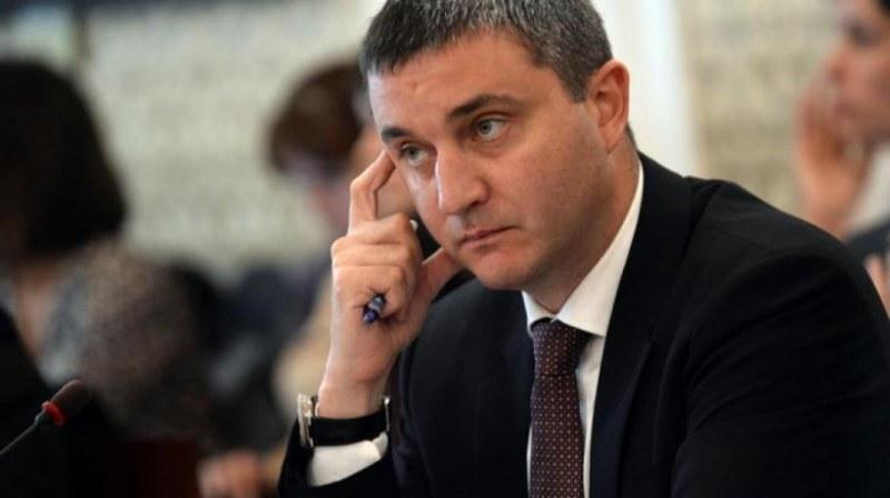 Горанов: Президентът излезе от ролята на обединител и влезе в ролята на опозиция