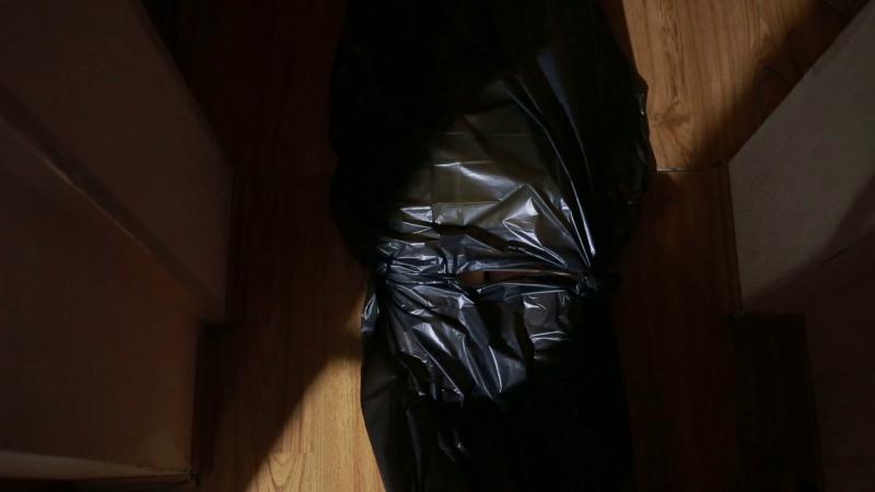 Психопат занесе в районното отрязаната глава на съпругата си в торба