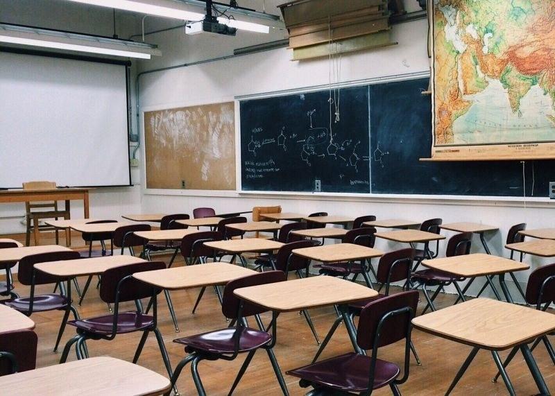 Кой ще учи децата на пловдивчани? Липсват над 200 учители в областта