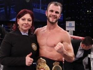 Българка ще бъде супервайзер на зрелищен мач за световната титла в бокса
