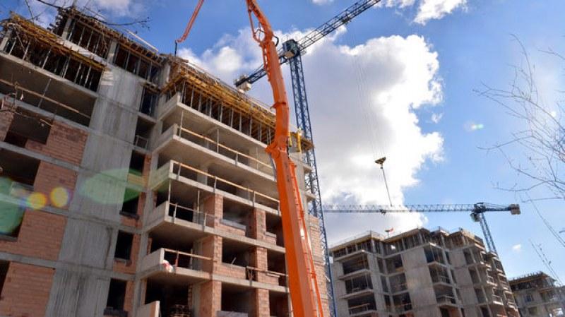 """Защита при покупка """"на зелено"""" и ясни правила - това поискаха строителните компании"""