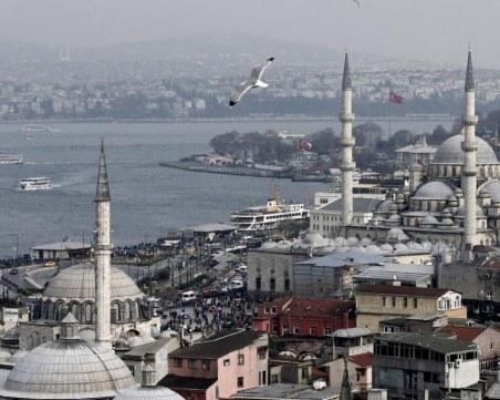 Силен трус 7,7 по Рихтер в района на Истанбул и опасност от цунами предрича турски учен