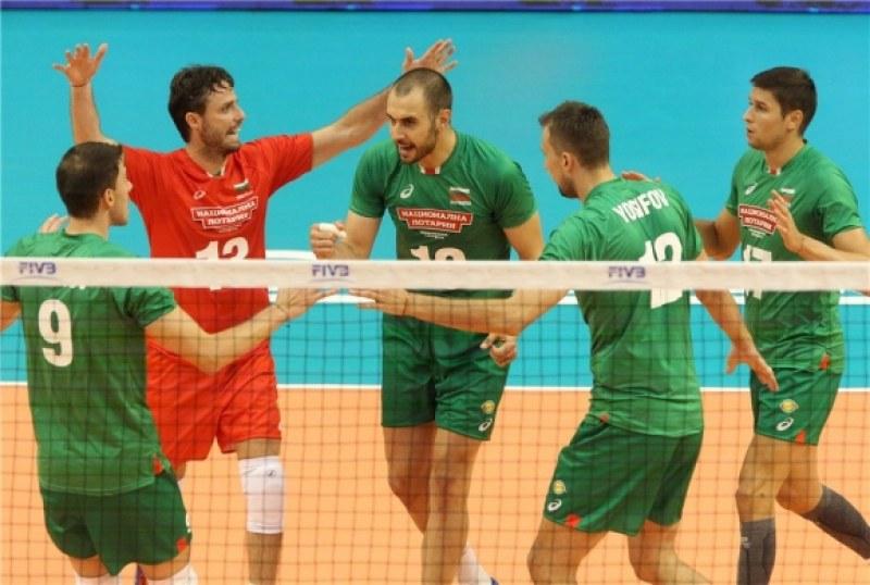 България се класира напред на световното с втора убедителна победа