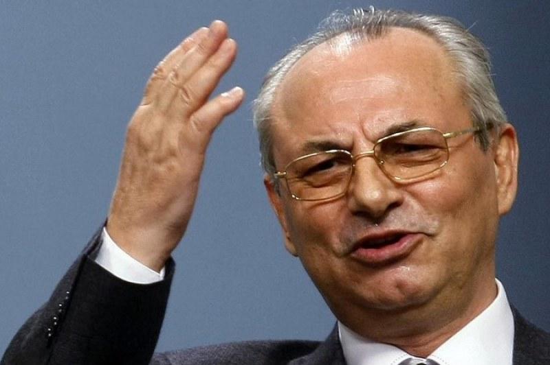 Ще замълчи ли властта за бизнеса на Ахмед Доган?