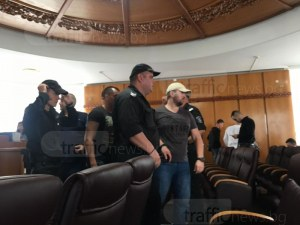 Бившият следовател Антон Стоянов бил с таксиметровия бос Керанов по време на ареста му