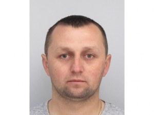 Полицията издирва 34-годишен мъж, изчезнал в неделя