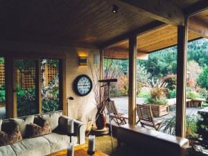 Airbnb ще се съобрази с Брюксел! Променя правилата си за ползване