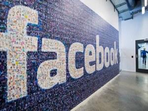 ЕС с предупреждение към Facebook: Търпението ни се изчерпва