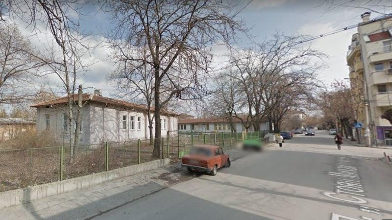 Пловдивчани настръхнаха: Заселват безнадзорни ромчета край домовете ни, ще се друсат и крадат