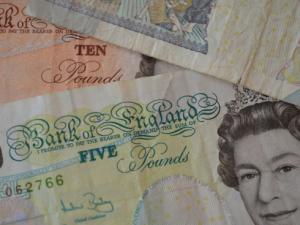 Изследване: Брекзит струва на Великобритания 500 млн. лири седмично