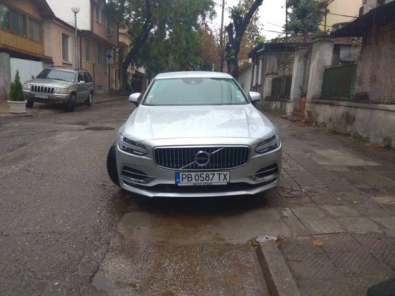 Volvo за 120 бона вече вози Иван Тотев СНИМКИ