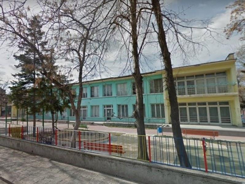 Стаменов: Търсим възможности за увеличаване на капацитета на детските заведения в Съдийски