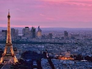 В Париж затвориха цели квартали - борят замърсяването
