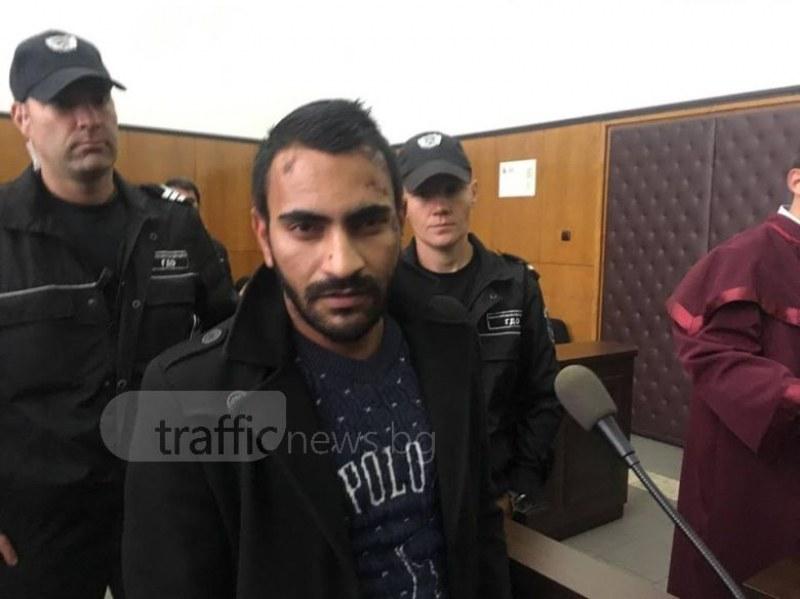 Полицаите ме пребиха от бой и ме ритаха в лицето!, твърди гонкаджията Марин в съда СНИМКИ+ВИДЕО