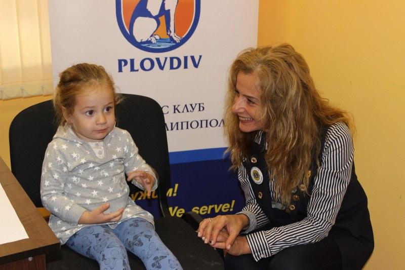 Преглеждат безплатно очите на децата от детски градини в Пловдив