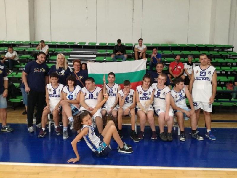 Специалният отбор на Академик Бултекс 99 с отлично представяне в Италия СНИМКИ