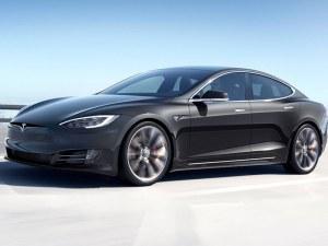 Tesla изпревари Mercedes по продажби в САЩ, гледа към BMW