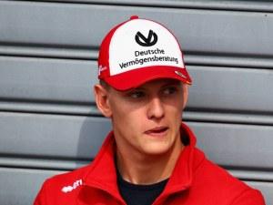 Синът на Шумахер стана световен шампион, близо е до Формула 1