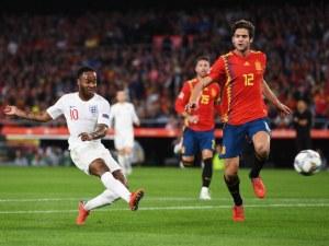 Англия посече Испания след страхотна първа част в луд мач в Севиля ВИДЕО