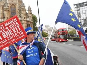 ЕС се готви за крах на преговорите за Brexit, надява се на чудо