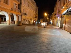 Машини превземат Главната, когато Пловдив спи СНИМКИ