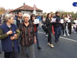 Нервите на жителите в Труд не издържат, поискаха оставки! ВИДЕО