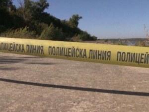 Откриха мъртъв човек край Доспат, подозират убийство