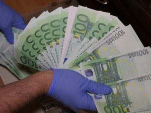 Удар на ГДБОП: разбиха най-голямата фабрика за фалшиви пари, задържани са пловдивчани ВИДЕО и СНИМКИ