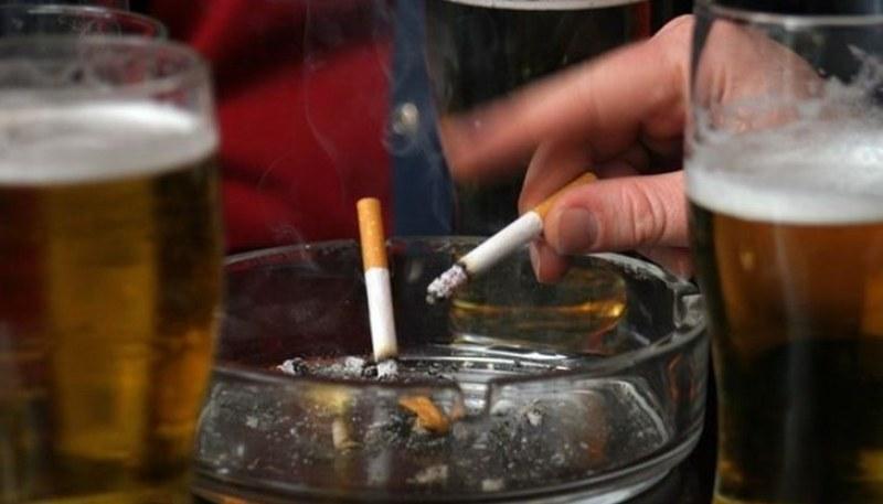 Пловдивско заведение с последно предупреждение, клиенти пушели вътре
