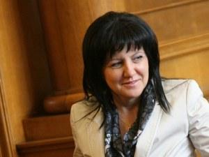 Цвета Караянчева: Валери Симеонов прекрачи границата, но го осъзна