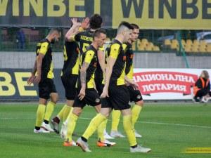 Вратарска промяна в Ботев за мача с Берое за Купата