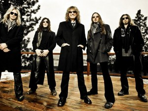 Официално: Whitesnake забиват на Гребната база