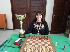 Браво! 17-годишната Вики Радева стана шампионка при жените СНИМКИ